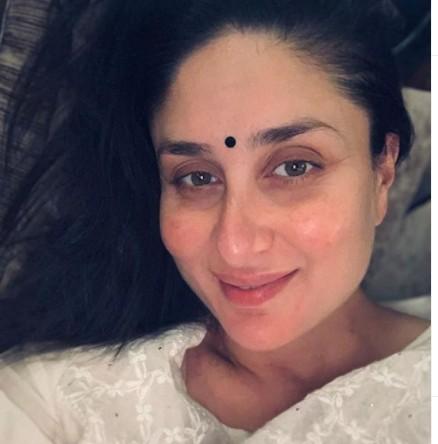 Inside Kareena Kapoor Khan's Diwali party: Mother-to-be seems to be radiant in new pics with mom Babita, Masaba Gupta