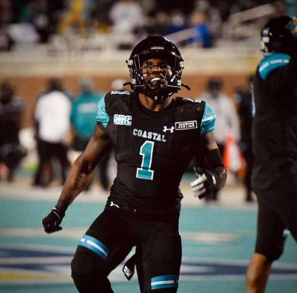 With All Eyes on Them, Coastal Carolina and BYU Deliver a Game to Keep in mind