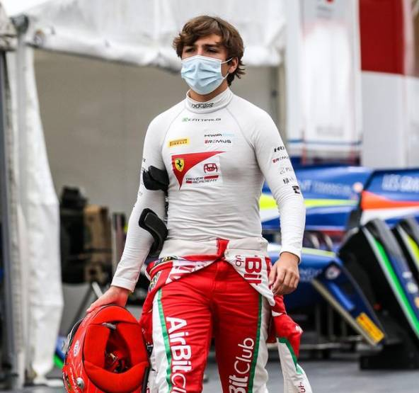 Enzo Fittipaldi wins first race of F1 virtual GP series