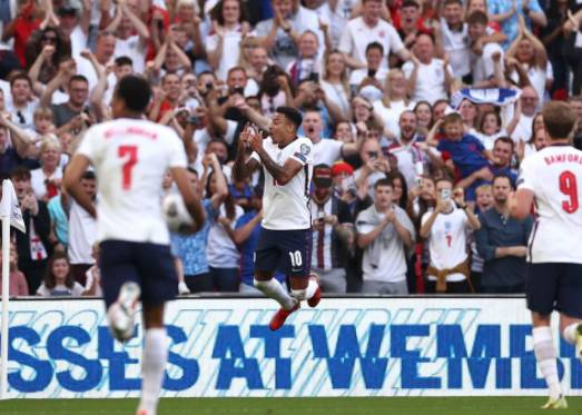 Lingard double helps England ease past Andorra